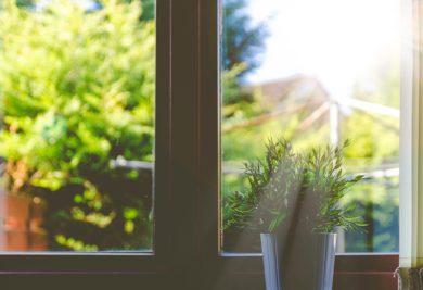 Nya fönster kan innebära ökade risker för radon och skadligt inneklimat!